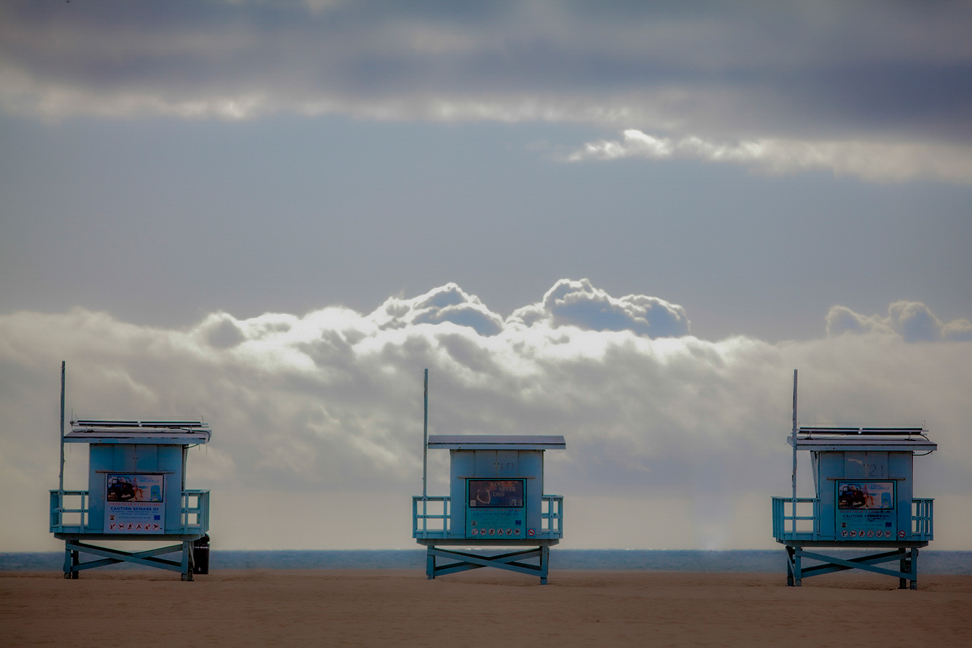 08Larry_White_1_Venice_Beach_Lifeguard_Shacks